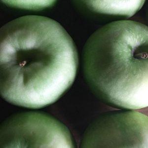 Manzana verde orgánica certificada